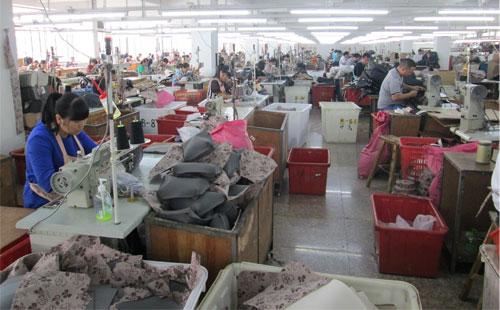 【上海客户】皮包加工厂实地考察 关注细节很重要