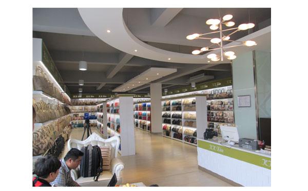 【手袋厂】款款秀牌女包让巴西客户成为最大经销商